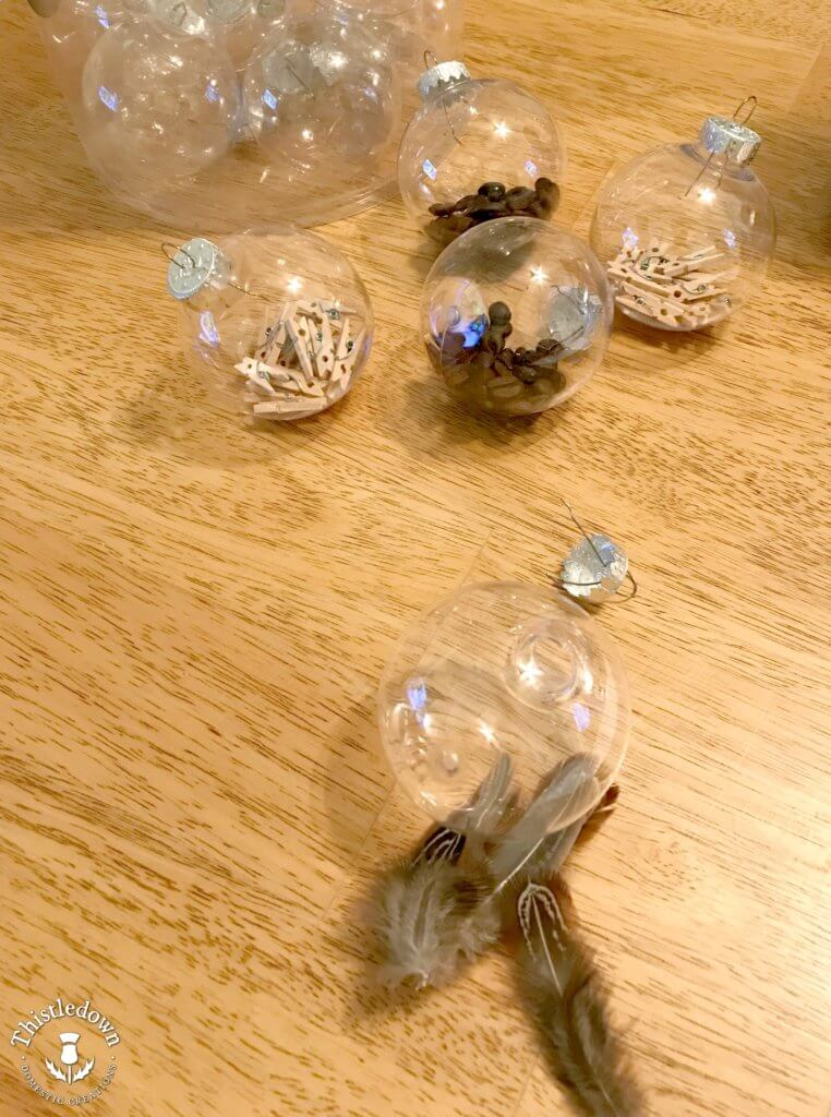 Filling the easy to make ornaments