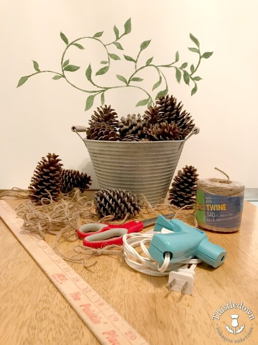 easy pinecone craft supplies